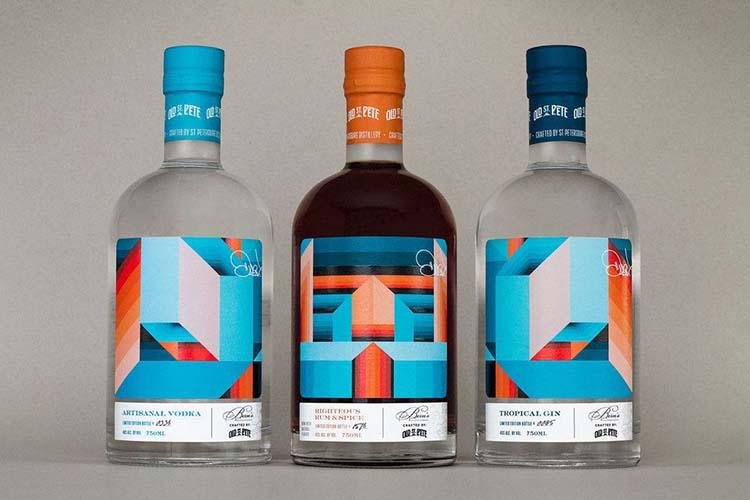 Thiết kế bao bì độc đáo của thương hiệu đồ uống St. Petersburg Distillery & Bern's Steak House.
