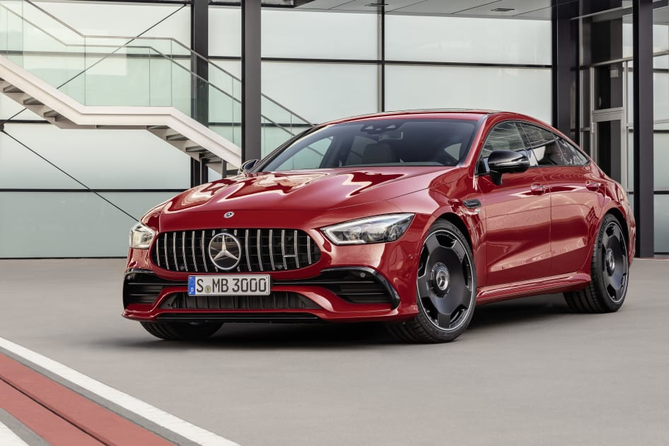 Slogan hay về xe ô tô: Thương hiệu Mercedes-Benz (2)