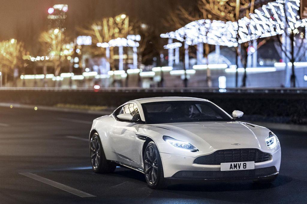 Slogan hay về xe ô tô: Thương hiệu Aston Martin