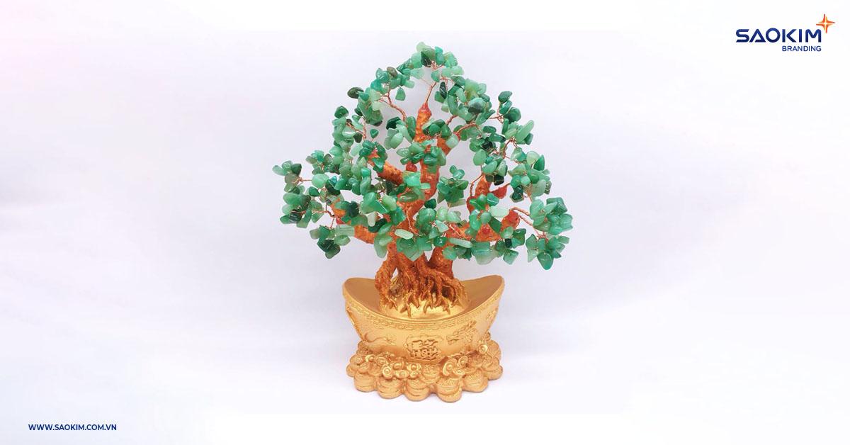 Vật phẩm phong thủy là món quà tết được nhiều người Việt yêu thích