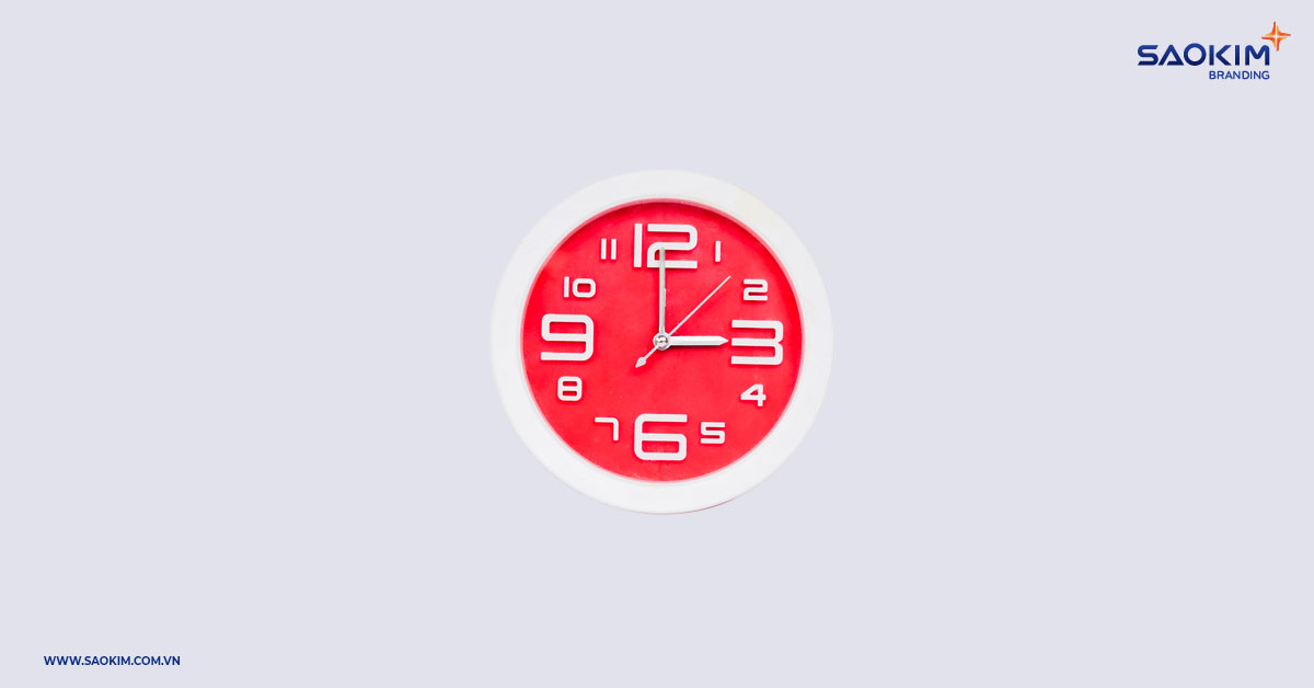 Quà tết là đồng hồ treo tường thể hiện ý nghĩa đón một năm mới với những khoảnh khắc mới, thành công hơn, tươi sáng hơn.