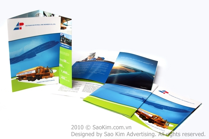 Thiết kế brochure giới thiệu công ty xăng dầu hàng không VINAPCO tại Hà Nội