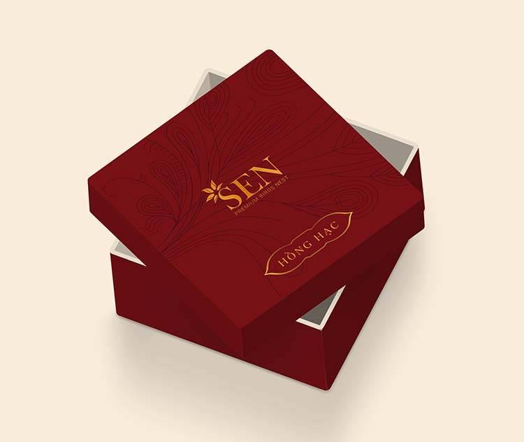 Mẫu thiết kế hộp đựng sản phẩm tổ yến khô màu đỏ của SEN Pearl & Nest.