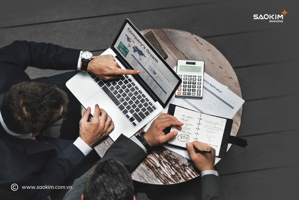 Checklist ra mắt sản phẩm 7: Kế hoạch tiếp cận khách hàng